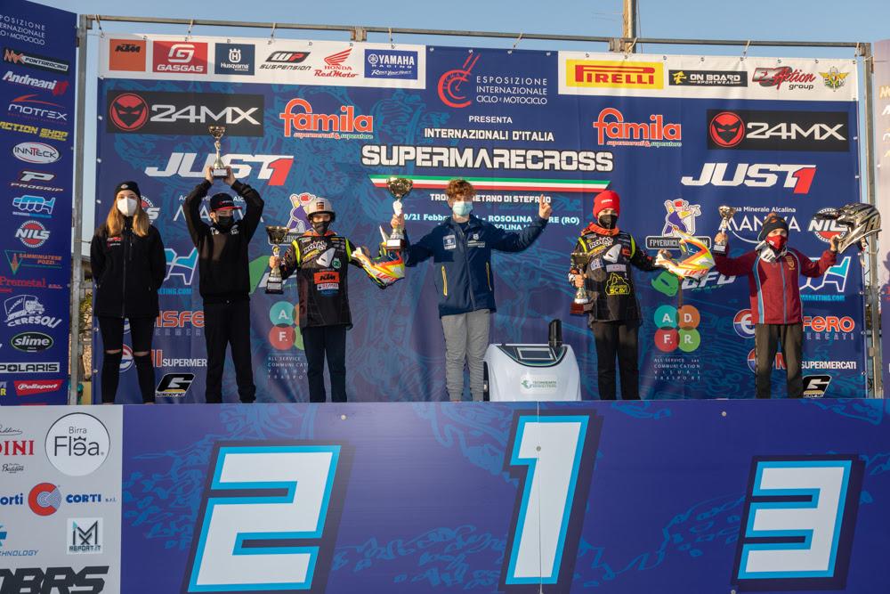 Al Supermarecross di Rosolina un super Scuteri domina la scena