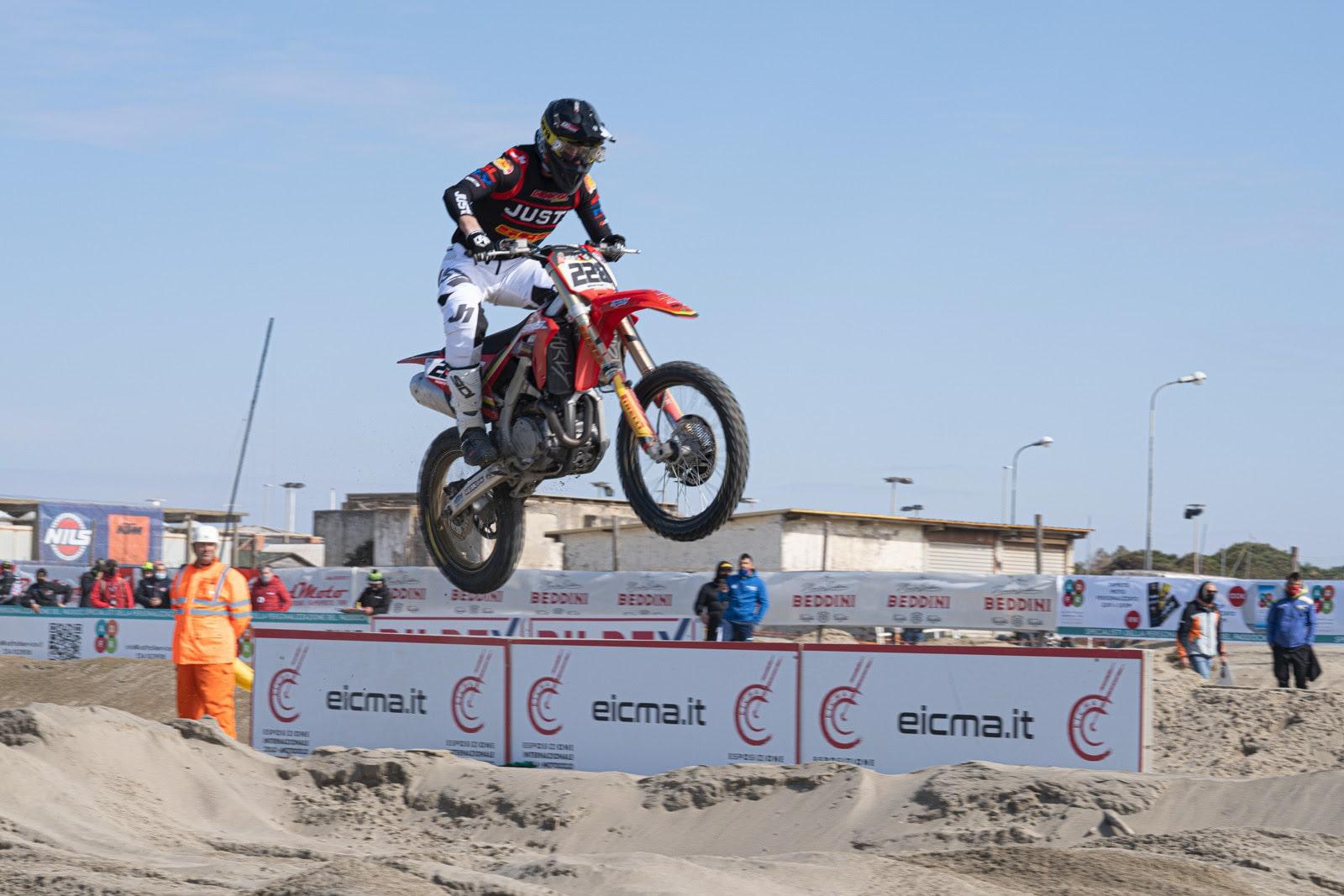 Supermarecross, nella prova laziale di Maccarese spiccano Scuteri e Del Coco