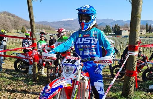 Prima prova Assoluti d'Italia enduro a Passirano con l'SGS Racing nella top 5